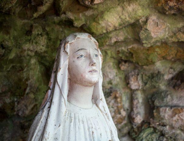 Vierge dans le parc de Meillant