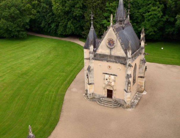 chapelle de Meillant vue du ciel