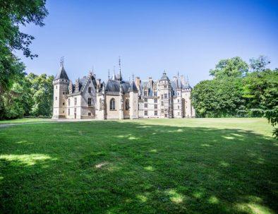vu du parc du château de Meillant