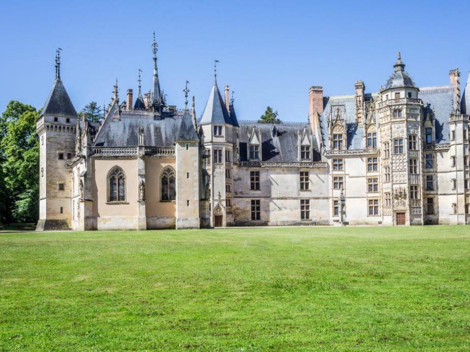 façade renaissance et chapelle du château de Meillant